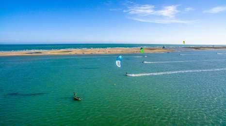Kiting in Mannar
