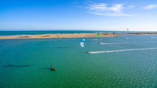 Kiting in Mannar