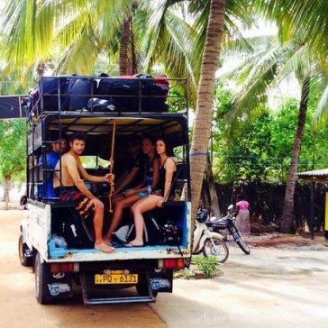 kitesurfing-lanka transport to the lagoon